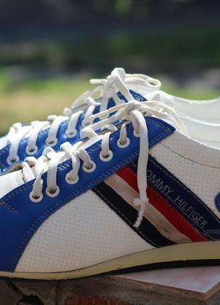 Фирменные  кроссовки туфли мокасины tommy hilfiger