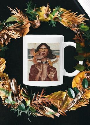 Чашка с принтом - девушка с птицами