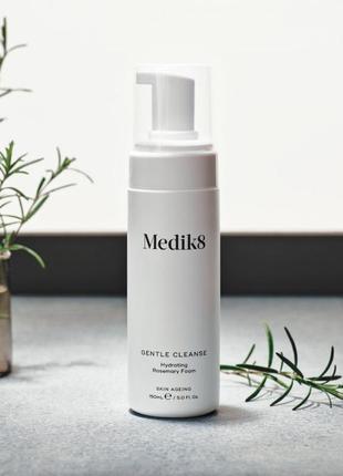 Gentle cleanse™ medik8 очищающая пенка для всех типов кожи
