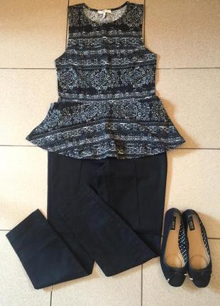 Красивая фирменная блуза с баской от new look, размер s/m