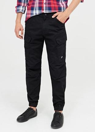 Чёрные брюки cropp clothing