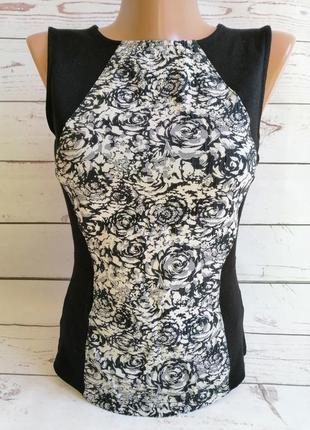 Блуза черно-бежевая в цветы