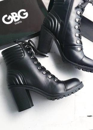 Guess оригинал черные ботинки на широком каблуке и шнуровке