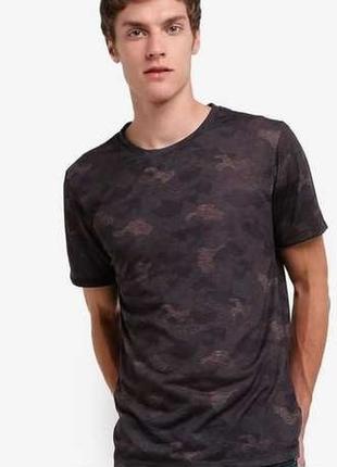 Футболка с новой коллекции burton menswear london ® khaki