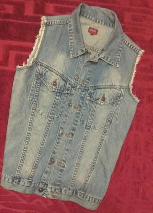 Жилетка джинсова