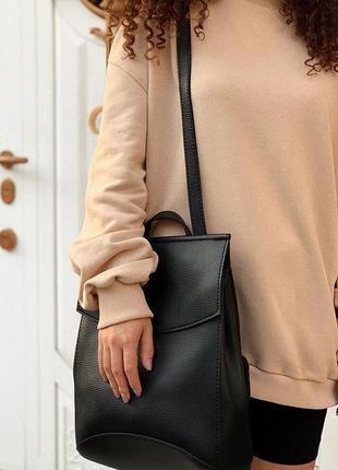 Молодежная женская сумка рюкзак трансформер на плечо черный городской6 фото