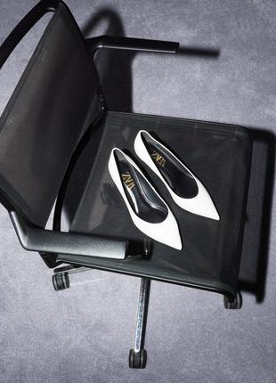 Кожаные туфли лодочки от zara