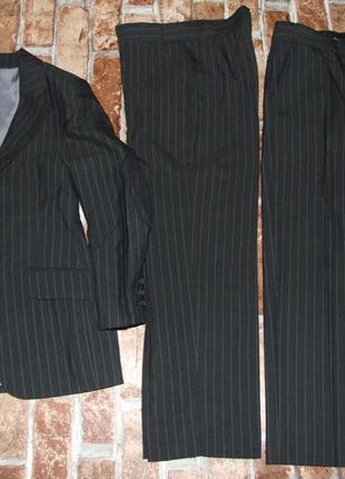 Шикарный костюм 8 лет мальчику класика нарядный школьный