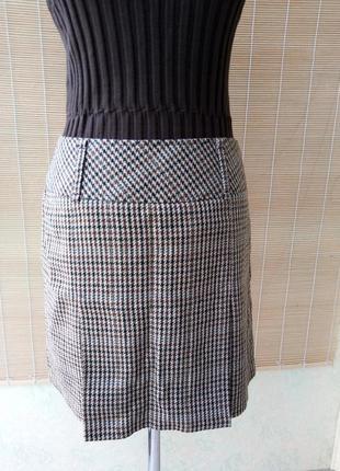 Актуальная юбка в гусиную лапку