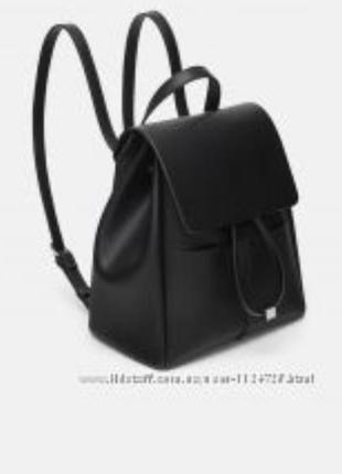 Вместительный стильный рюкзак zara