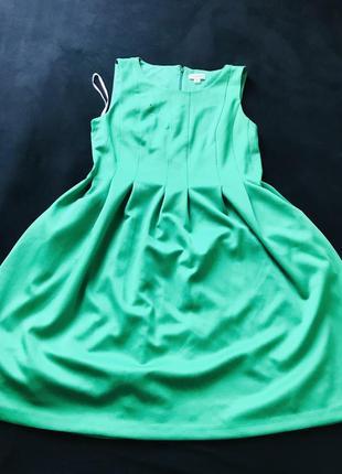 Яскрава сукня calvin klein