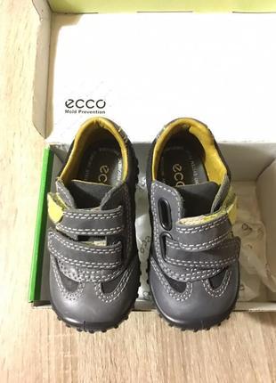 Ботиночки ecco первая обувь чобітки кроссовки ботинки размер 19 20