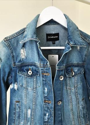 Женская джинсовая куртка stradivarius
