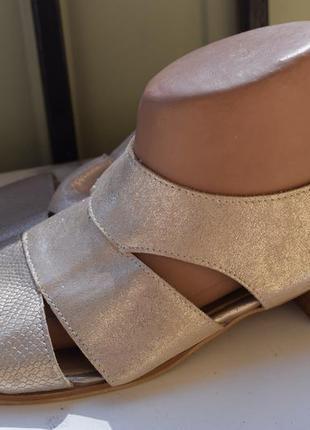 Шикарные кожаные туфли босоножки сандали шлепанцы
