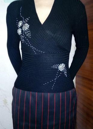 Свитер  нарядный,трикотажный, черный, с вышивкой, размер с