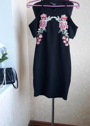 Очень красивое платье new look