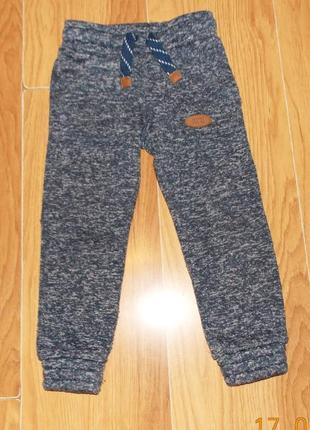 Фирменные спортивные брюки f&fдля мальчика 2-3 года, 92-98 см
