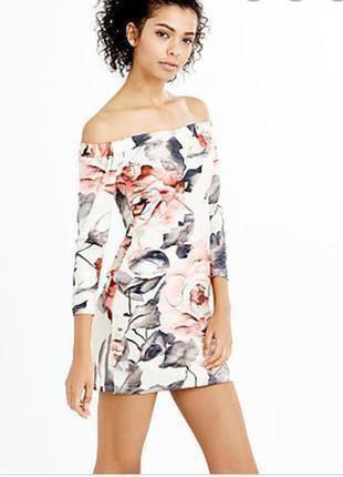 Платье в цветочный принт с открытыми плечами new look