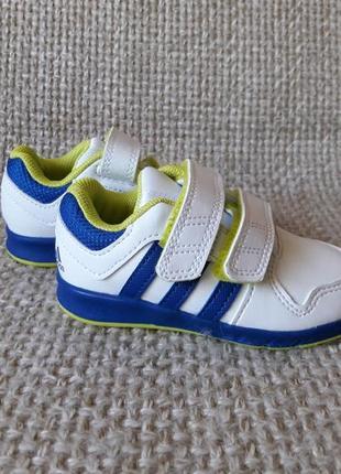 Кросівки adidas b40557 оригінал розмір 21