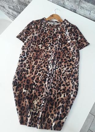 Платье-футболка zara в леопардовый принт