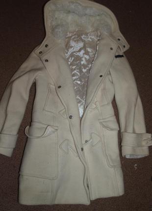 Обалденное кашемировое пальто с мехом! цвет айвори!