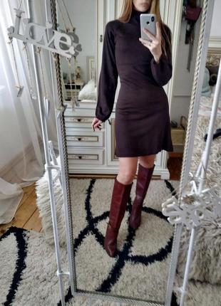 Шоколадное платье с объемным рукавом