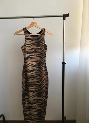 Платье от river island, xs