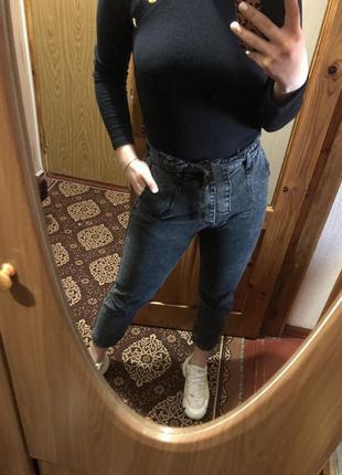 Чёрные джинсы lovest