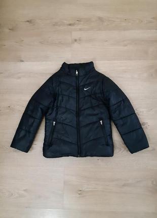 Куртка nike оригинал размер 5-6 лет