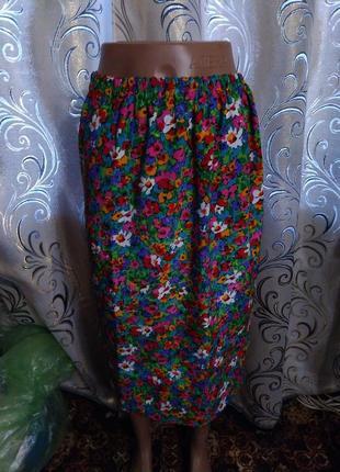 Очень красивая юбка с цветочным принтом fink modell