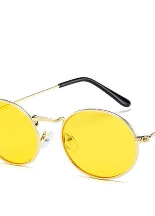 Имиджевые очки овалы жёлтые женские / мужские очки / солнцезащитные в золотистой оправе