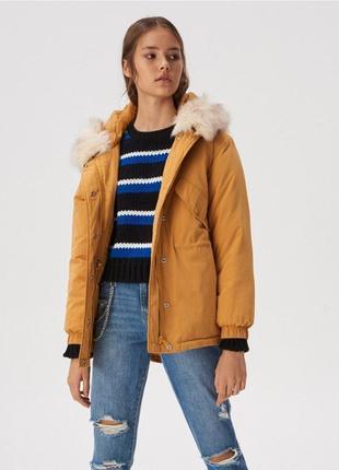 Куртка цвета кэмэл на весну