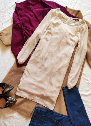 Платье белое бежевое прямое шифоновое свободное с бисером coast