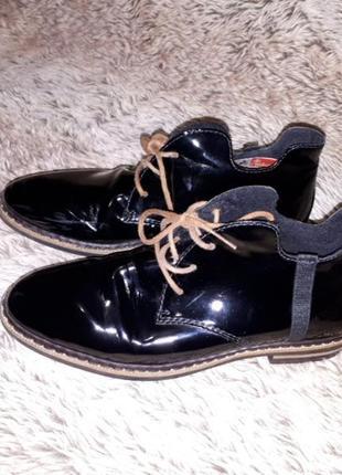 Лаковые ботиночки 39р