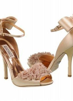 Badgley mischka lelah wedding bridal frilly sandals оригинал босоножки