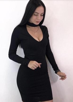 Платье zara с чьокером