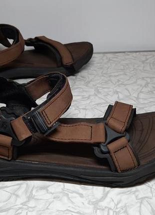 Кожаные сандалии,босоножки teva (тева)