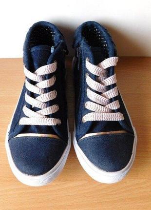 Суперовые кроссовки бренда tu uk12 стелька 20 см