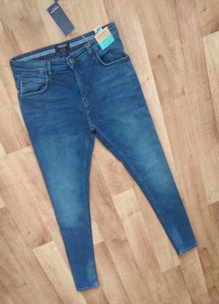 Новые с бирками мужские качественные джинсы синего цвета 30 р