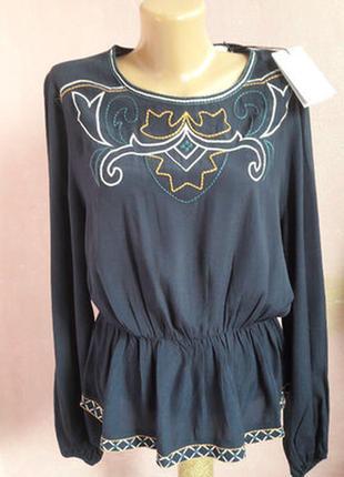 Блуза с баской, вышиванка, франция