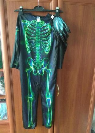 Карнавальний костюм скелета з рукавицями на 7-8 років.