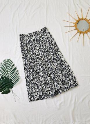 Трикотажная юбка макси на резинке в цветах