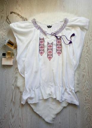 Белая блуза вышиванка с резинкой на плечах и воланами снизу батал большой размер футболка