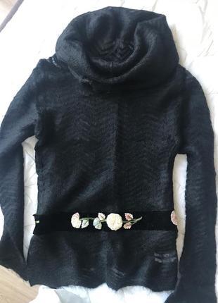 Изумительный свитер blumarine