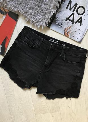 Джинсовые шорты короткие с кружевом