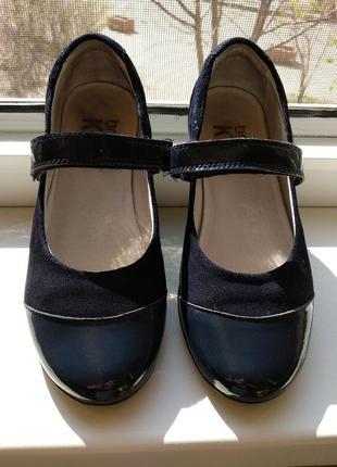 Туфли на девочку (кожа)