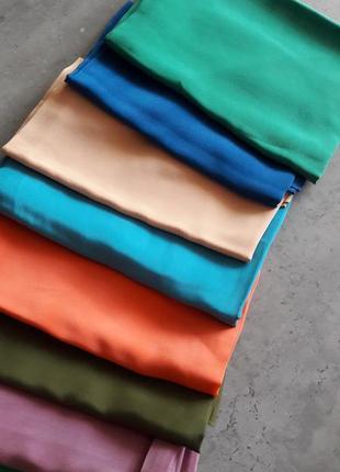 Яркий платок 💯шелк.