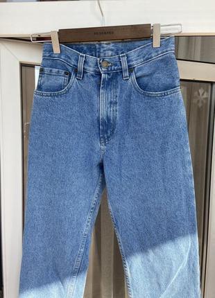 Жіночі мом джинси
