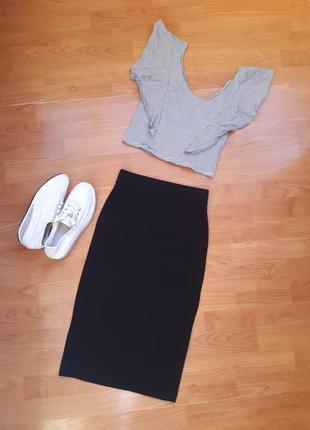 Трикотажная базовая юбка миди