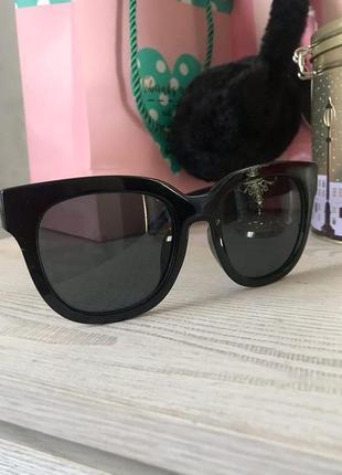 Солнцезащитные очки круглые квадрат